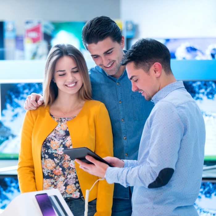 05373bf280 You might be neglecting your retail sales associates - Blog ...